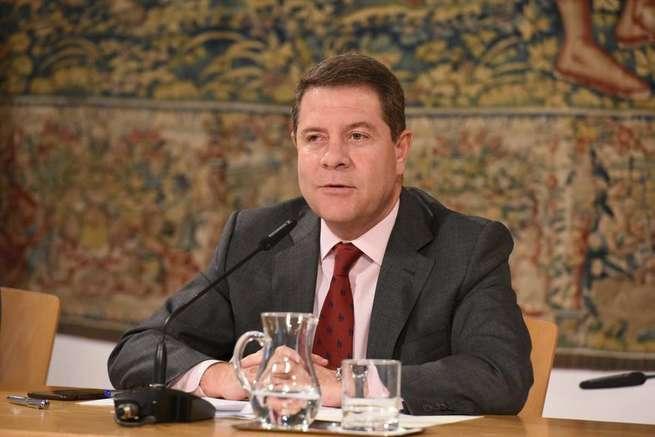 """García-Page pide al Gobierno de España que pilote un proceso """"inteligente y serio"""" y que no imite la """"ambigüedad"""" de Puigdemont"""
