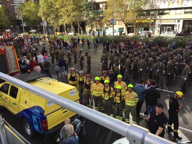 Efectivos del dispositivo INFOCAM del Gobierno de Castilla-La Mancha han participado en el desfile nacional con motivo del Día de la Hispanidad