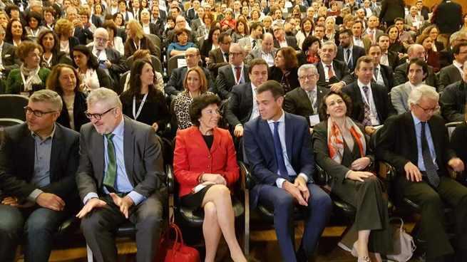 El Gobierno regional considera que el nuevo Plan de modernización de la FP pondrá en sintonía los equipos de los centros con los de la empresa