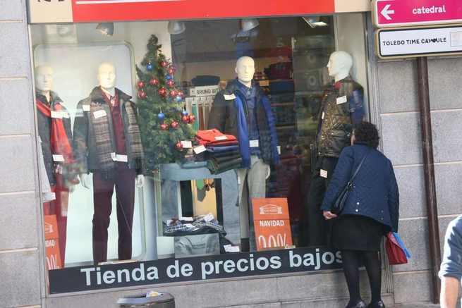 El Gobierno regional ofrece algunos consejos para comprar de manera segura durante las rebajas
