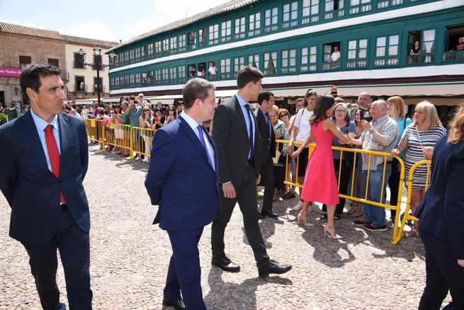"""El presidente García-Page valora la Ley de Protección y Apoyo Garantizado como el """"camino a seguir"""" en materia de discapacidad"""