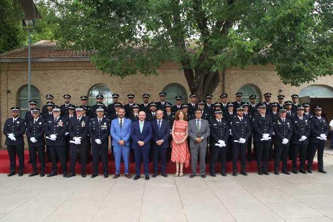 El Gobierno regional se marca como reto para esta legislatura la incorporación de la mujer a los cuerpos de Policía Local