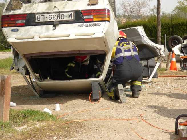 El Servicio de Emergencias 1-1-2 Castilla-La Mancha ha coordinado la atención en 81 accidentes de tráfico graves durante el primer semestre de 2019