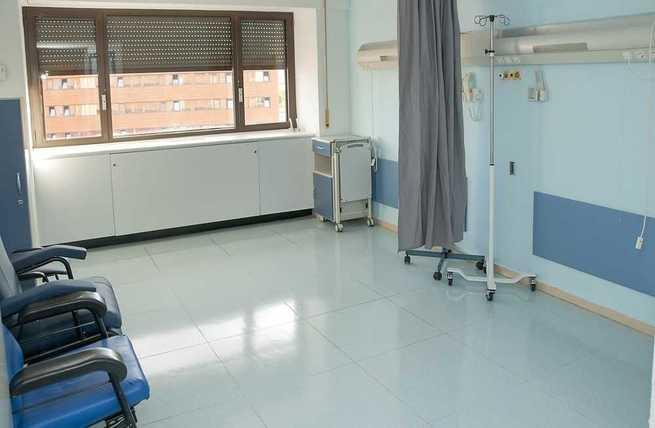 El Gobierno regional continúa mejorando las instalaciones del Hospital de Guadalajara, con la reforma de tres unidades de hospitalización