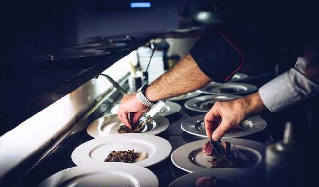 Convocada la cuarta edición de los premios 'Miguel de Cervantes' para reconocer la excelencia gastronómica de la región