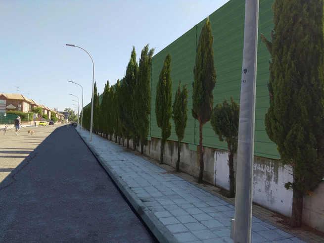 Adjudicada en Azuqueca la instalación de pantallas acústicas junto a la vía del tren