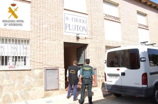 La Guardia Civil detiene a 2 personas en Pepino por robar los muebles de un vecino para amueblar la casa que estaban ocupando
