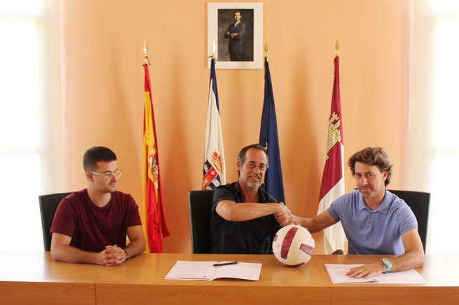 La Escuela de Fútbol Internacional Benfica Poblete abrirá sus puertas este próximo curso en la localidad con 110 alumnos