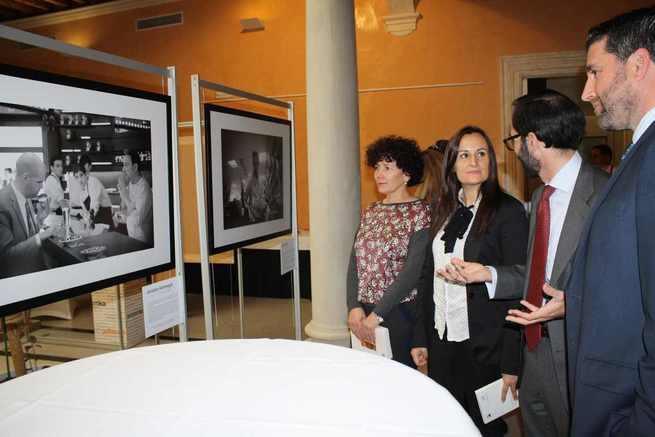 El Palacio de Medrano de Ciudad Real acoge la exposición 'V15IONES', 15 historias de superación de personas con discapacidad