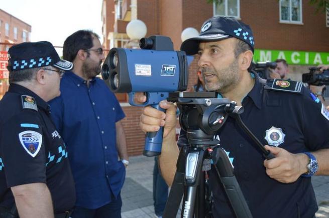 Imagen: Cuatro multas por exceso de velocidad en el primer día de uso del radar móvil en Ciudad Real