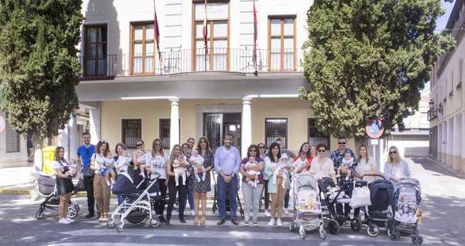 El programa Cigüeña de Torrijos destina 9.500 euros para ayudar a nuevas familias