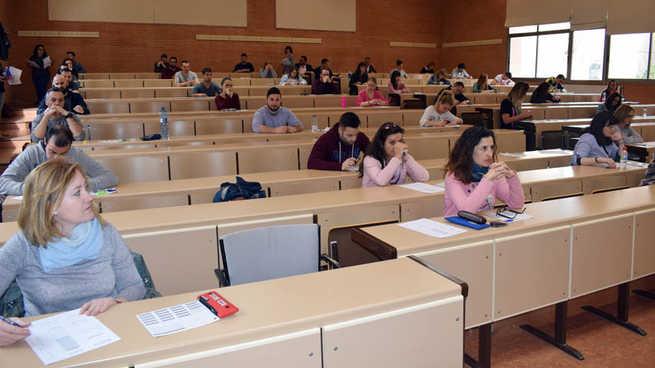 La UCLM abre el plazo de matrícula del curso preparatorio para las pruebas de acceso para mayores de 25 y 45 años