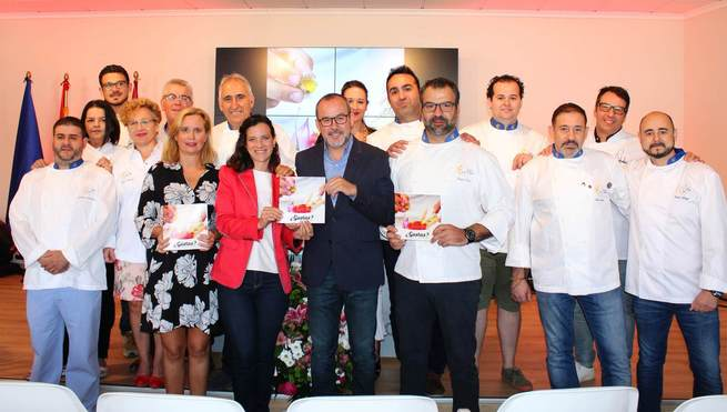 Quince cocineros de toda la provincia de Albacete participan en un recetario editado por Diputación en un guiño a la cocina vanguardista con productos de la tierra