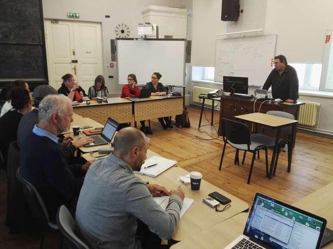 La UCLM participa en un manual de buenas prácticas de la empleabilidad juvenil del proyecto europeo MOMU