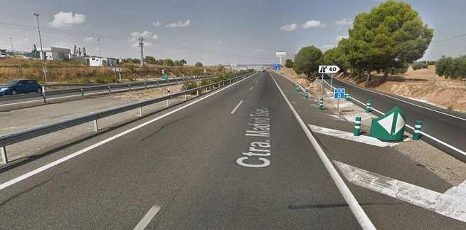 Herido el conductor de un camión tras salirse de la vía en Olías del Rey