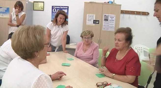 Talleres de risoterapia en Alcázar para mayores dentro del programa de mejora de sus capacidades