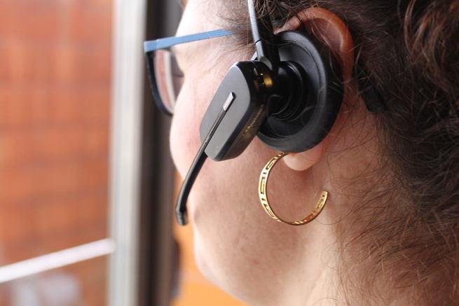 El Teléfono del Menor del Gobierno regional atendió 422 llamadas 'de orientación especial' en el primer semestre, frente a las 612 de 2015