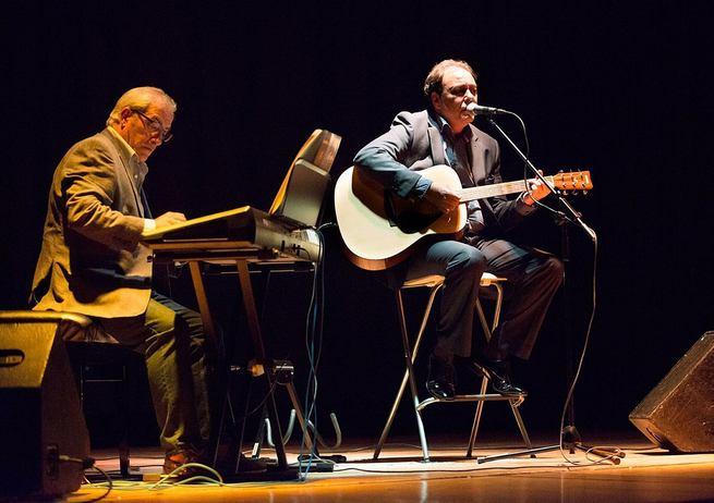 'Rosillo & Cia' interpretará los temas más conocidos de José Luis Perales esta noche en la Plaza de la Merced con un concierto tributo