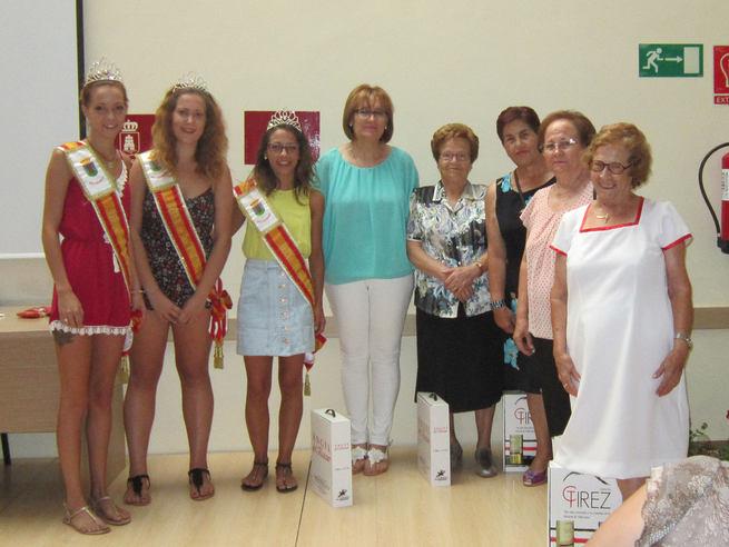 Entregados en Villacañas los trofeos de los torneos de Feria celebrados por los mayores del Centro de Día