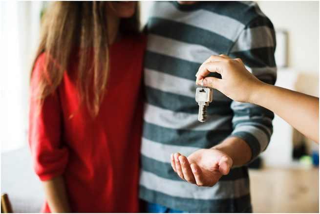 Vender una casa para comprar otra: ¿qué impuestos debes afrontar?