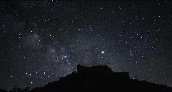 Video Timelapse Vía Láctea desde el Castillo de los Calatravos en Aldea del Rey