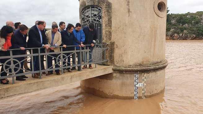 Cabañero visita las zonas del sureste provincial afectadas por el temporal y reitera el compromiso de la Diputación de Albacete con ellas