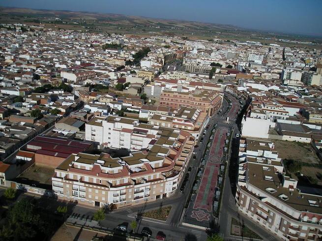 Imagen: El Consistorio pide la colaboración ciudadana para realizar un estudio socioeconómico de Valdepeñas