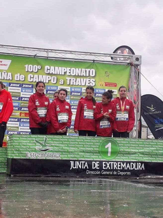 Olallo Fernández destaca el primer puesto, por segundo año consecutivo, de las féminas en Campo a Través
