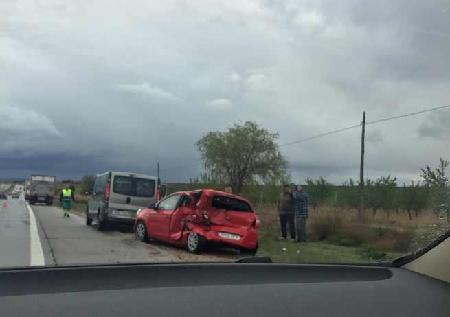 Accidente múltiple con unos 12 vehículos implicados en ambos sentidos de la A4 entre La Guardia y Ocaña