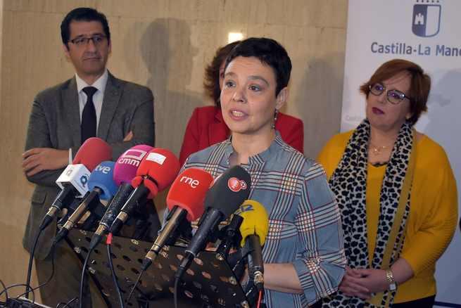 Zamora muestra su satisfacción por que el proyecto del Aeropuerto de Ciudad Real vaya adelante
