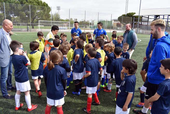 Pilar Zamora visita las IV Jornadas de Fútbol Base del CD Manchego Ciudad Real