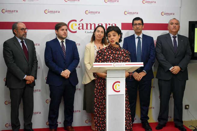 Zamora apuesta por aprovechar las infraestructuras para que Ciudad Real sea un centro logístico