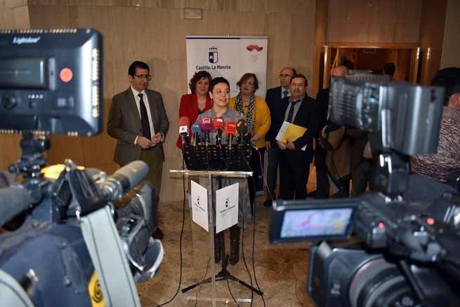 La alcaldesa de Ciudad Real agradece el trabajo de formación que realiza el Centro de Referencia Nacional de Vinos y Aceites
