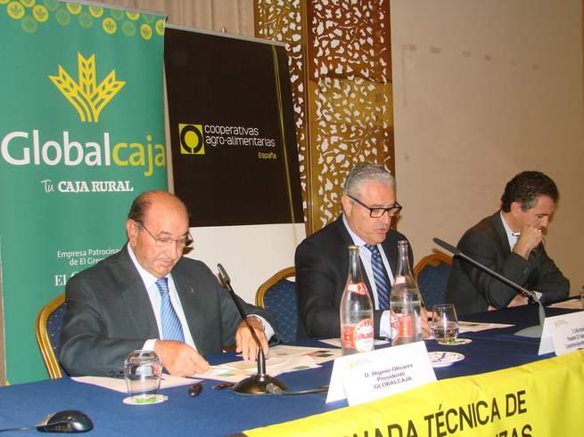 imagen de Gobalcaja apoya a las cooperativas hortifrutículas en su encuentro en Albacete
