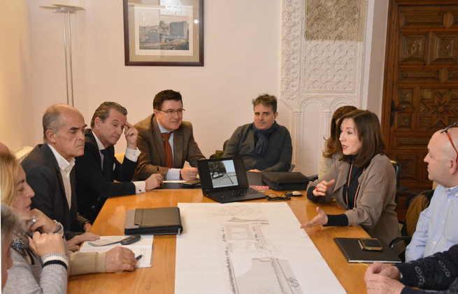 El Ayuntamiento de Toledo informa a los vecinos del entorno de Vega Baja sobre la senda peatonal que unirá Mas del Ribero con el Tajo