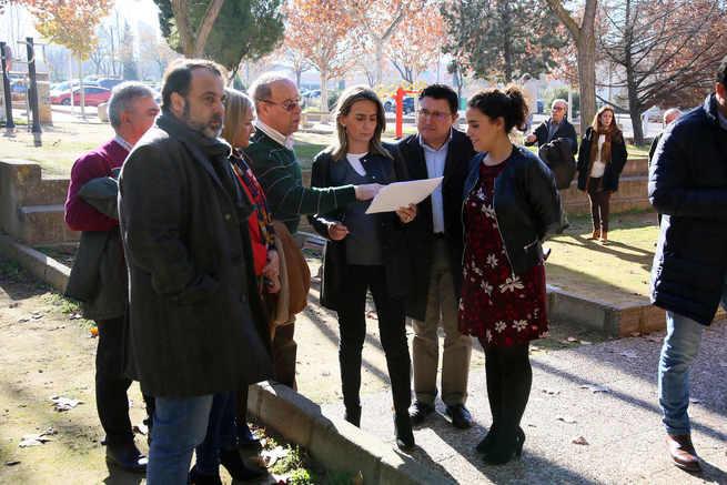 La alcaldesa de Toledo anuncia la ampliación del Centro de Mayores del Polígono duplicando el espacio para talleres y actividades de ocio