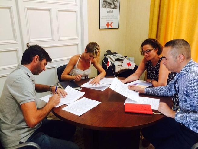 Imagen: CCOO y  Cruz Roja-Albacete firman el III Convenio Colectivo para los más de 50 trabajadores de las 14 Asambleas Locales de la entidad en la provincia