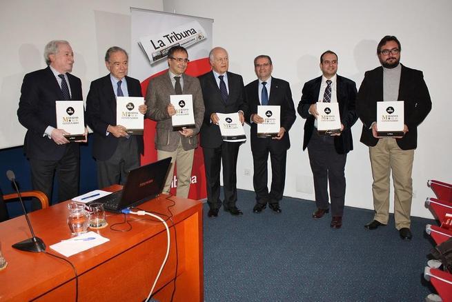 Imagen: Caja Rural Castilla-La Mancha patrocina el libro de La Tribuna sobre el Año Greco