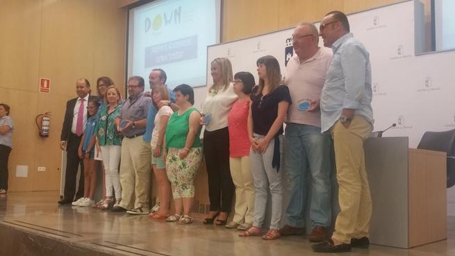 Imagen: L a concejala de Familia de Toledo agradece el reconocimiento otorgado en los VII Premios Down Toledo por su trayectoria en el Consistorio