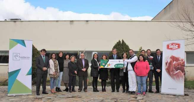 Fundación Eurocaja Rural y Grupo Tello Alimentación entregan a AFAEM Despertar los 21.378 euros de su 6ª Carrera Solidaria