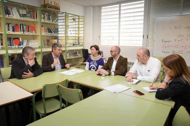La JCCM destinará 450.000 euros en la construcción de un nuevo gimnasio-pabellón en el IES Vicente Cano de Argamasilla de Alba