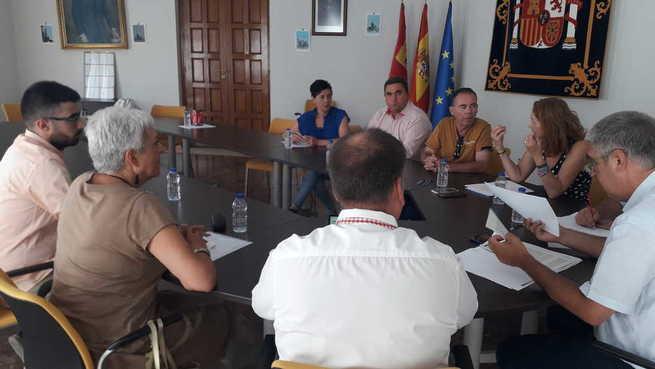Alcaldes/as de la comarca de Montiel se reúnen con la subdelegada Herreros