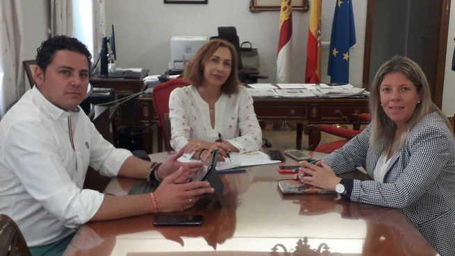 Encuentro entre la subdelegada del Gobierno y la alcaldesa de Tomelloso