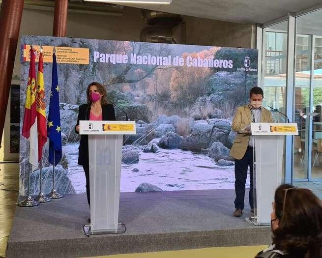Teresa Ribera y Emiliano García-Page acuerdan culminar las negociaciones para el traspaso de competencias de los parques nacionales de Cabañeros y Tablas de Daimiel