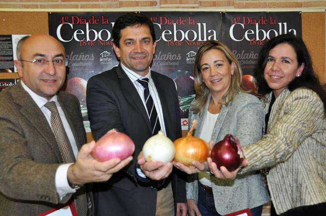"""LOLA MERINO: """"El cultivo de la cebolla ha dado un gran impulso a la economía de Bolaños y a su comarca"""""""