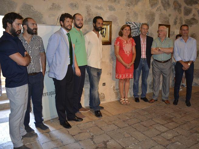 El Ayuntamiento de Toledo respalda la muestra del damasquinador Óscar Martín sita en el Torreón del Puente de San Martín hasta el día 29