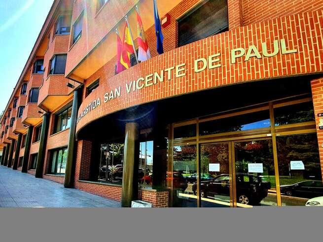 Comienza la campaña de vacunación frente al COVID-19 para residentes y profesionales de 'San Vicente de Paúl' de Albacete