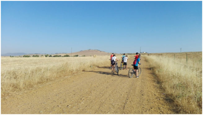 El agua y las excursiones, protagonistas de las actividades infantiles de agosto en El Torno