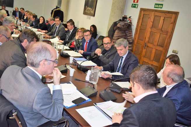 Álvaro Gutiérrez destaca el relevante papel y la visibilidad de las Diputaciones en esta legislatura