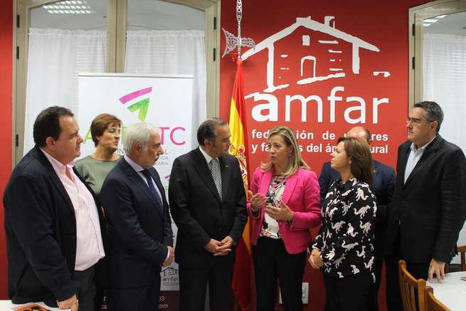 Inauguración de la oficina de titularidad compartida de AMFAR